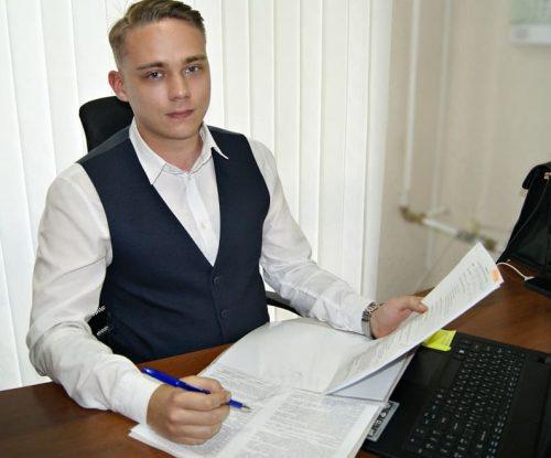 Антон Веснин